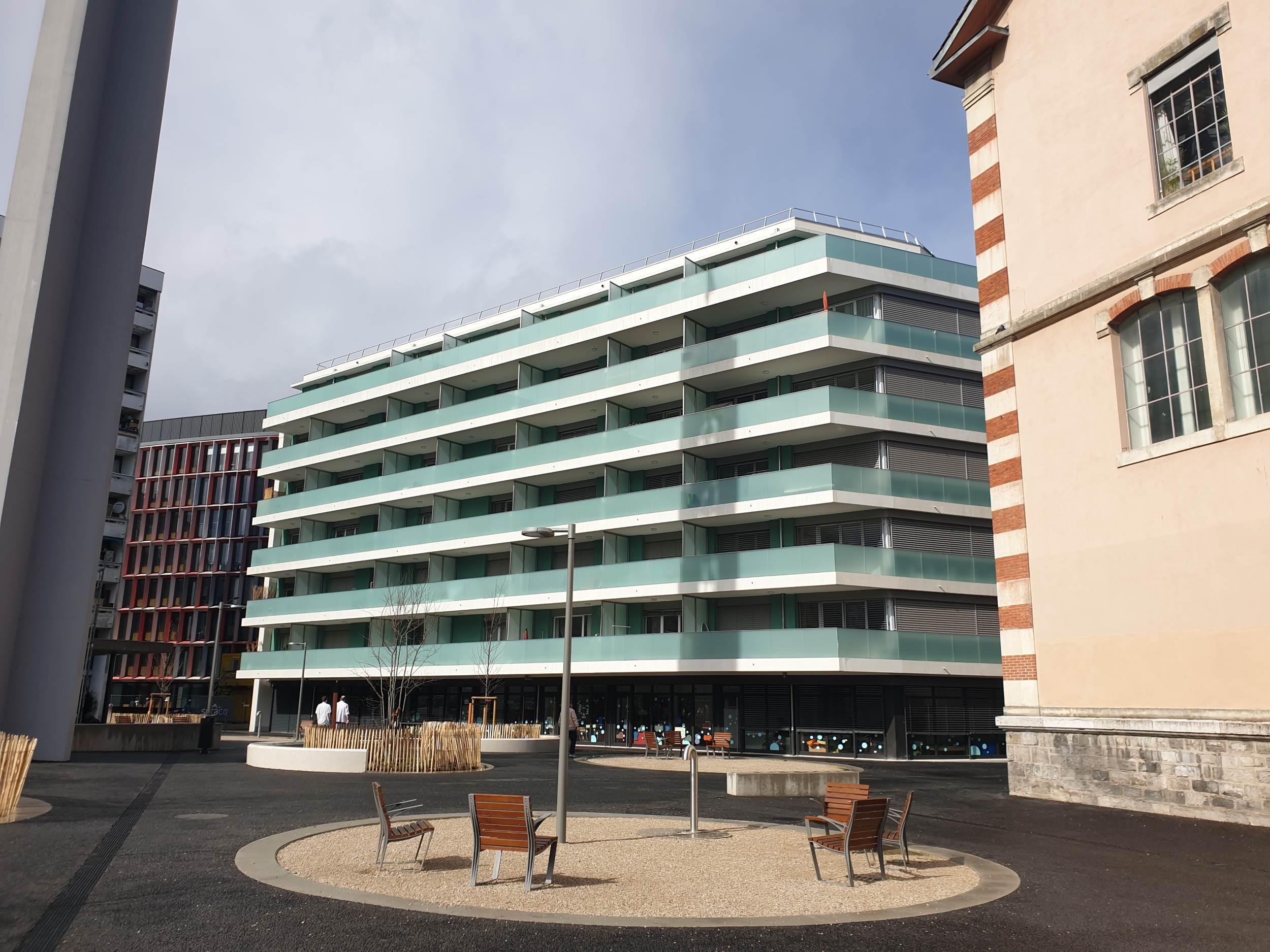 Bureau dec Saint clotilde Genève 4